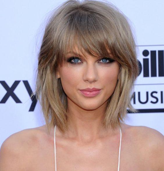 Il a beau être populaire, le blond cendré est la nuance de blond la plus difficile à porter.