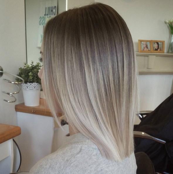 Blond Cendre Tendance 2017 Couleur De Cheveux Pour Les Femmes