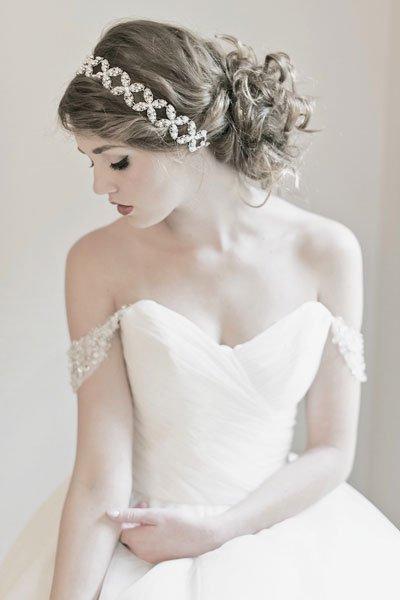 coiffures de mariée 2017 \u2013 Chignon Modèle 1. Facebook
