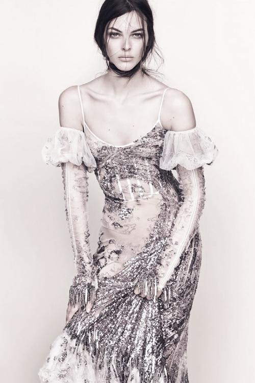 Vittoria Ceretti par Luigi & Iango pour Vogue Japan février 2017.