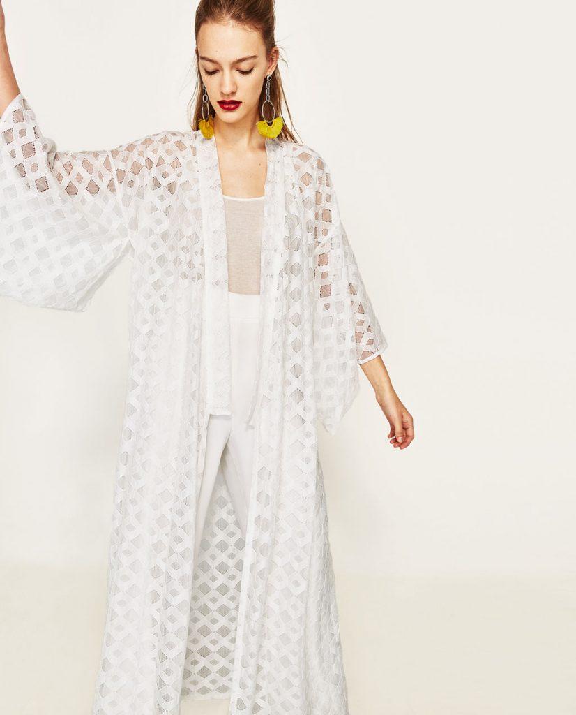 collection Zara spéciale Ramadan 2017 - KIMONO EN DENTELLE