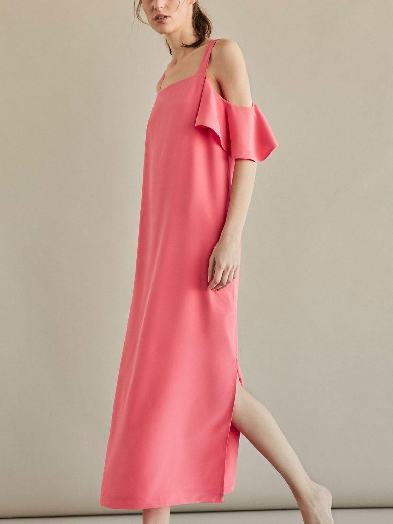 Les soldes d'été chez massimo dutti, une occasion pour profiter des belles robes tendance de la saison.