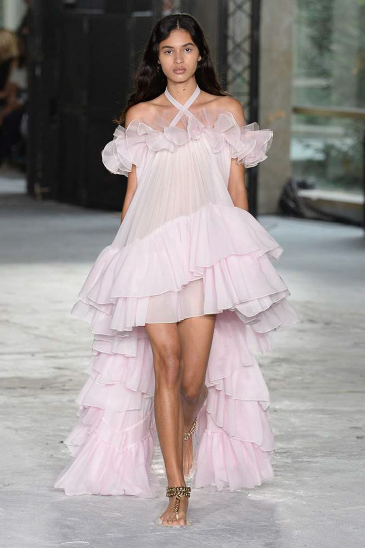 Modele robe courte tendance 2018 - Giambattista Valli
