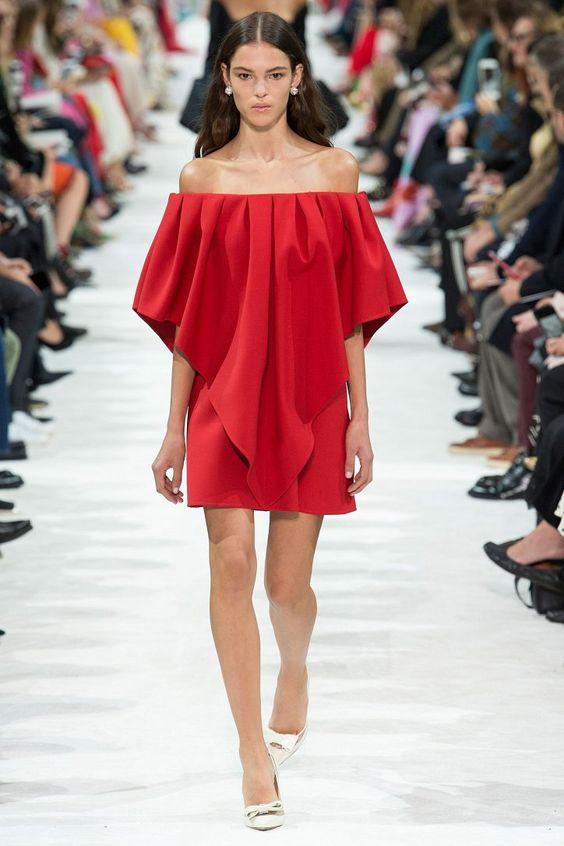Valentino - rouge tendance mode printemps-été 2018