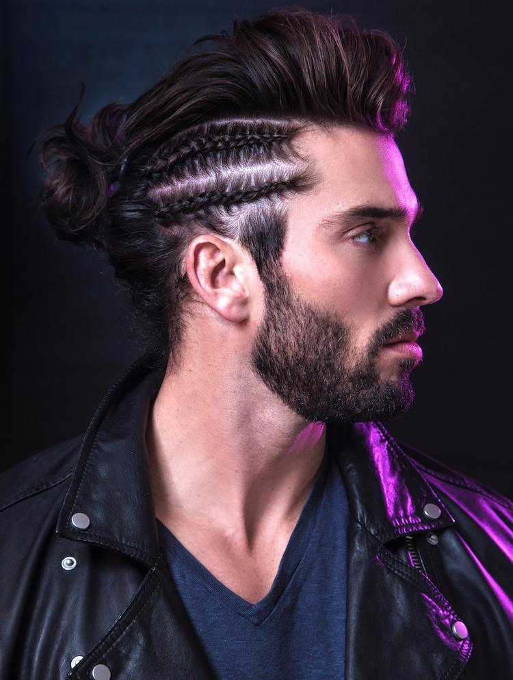 coiffure homme tendance pompadour moderne man bun tresses