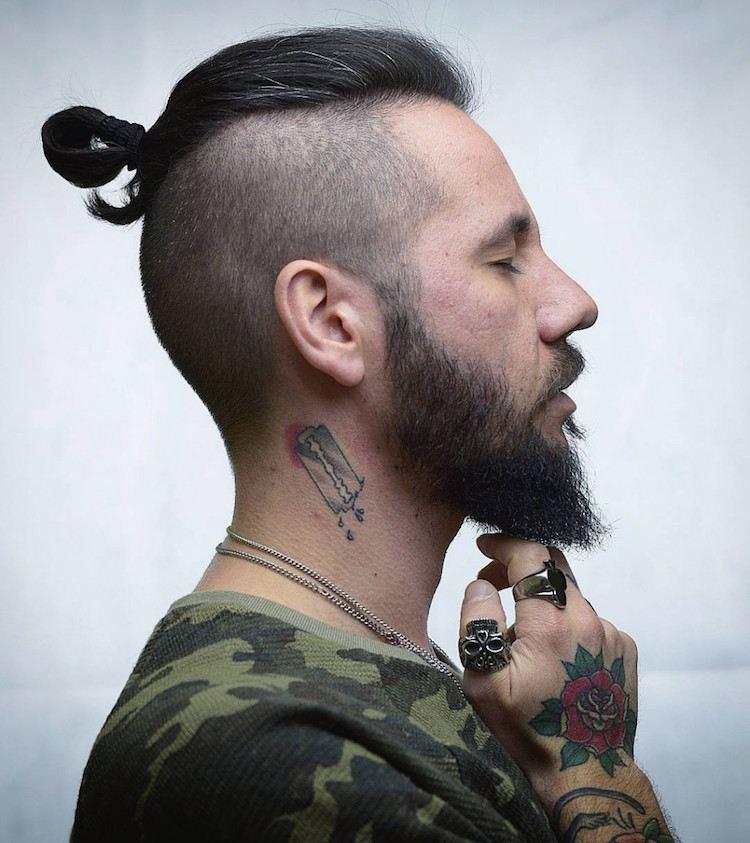 Coupes de cheveux pour hommes aux cheveux longs