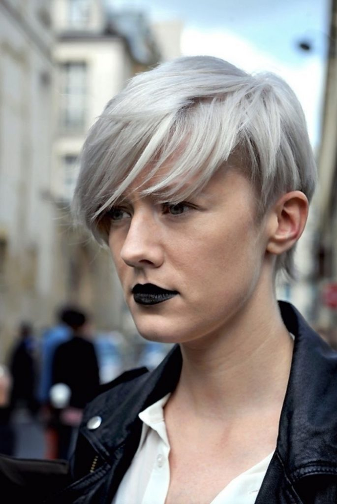 Coloration Grise Comment Adopter La Couleur Cheveux Gris Tendance 2019