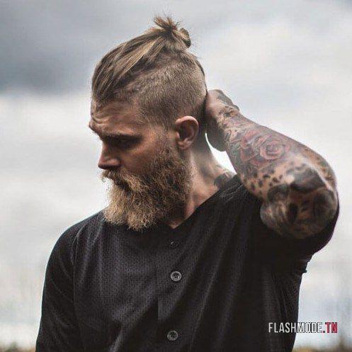 Man bun avec cheveux long