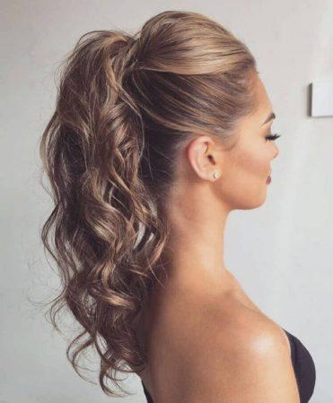 coiffures avec ondulations volume coleta