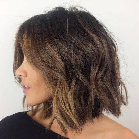 coiffures de vague de plomb