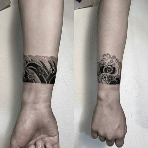 Petit tatouage à utiliser comme bracelet