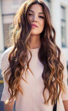 cheveux ondulés cheveux longs cheveux longs
