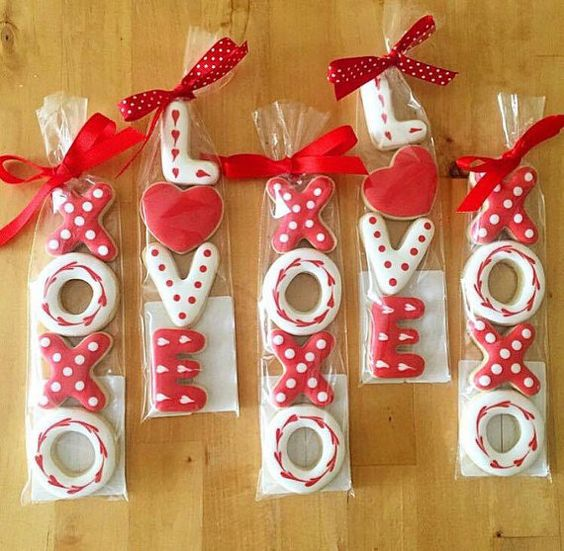 Love and XOXO Royal icing cookies