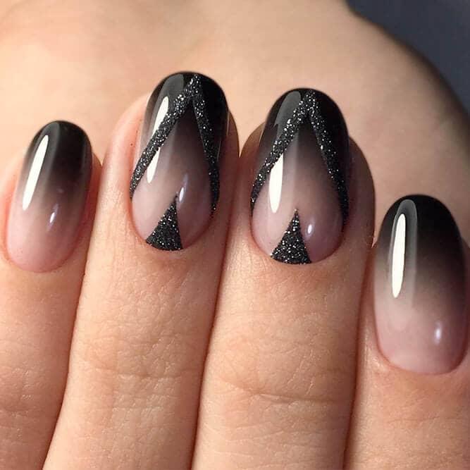 Art des ongles en satin noir à paillettes sophistiquées