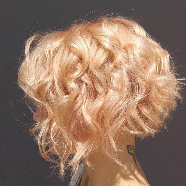 Cheveux courts bouclés Strawberry Gold