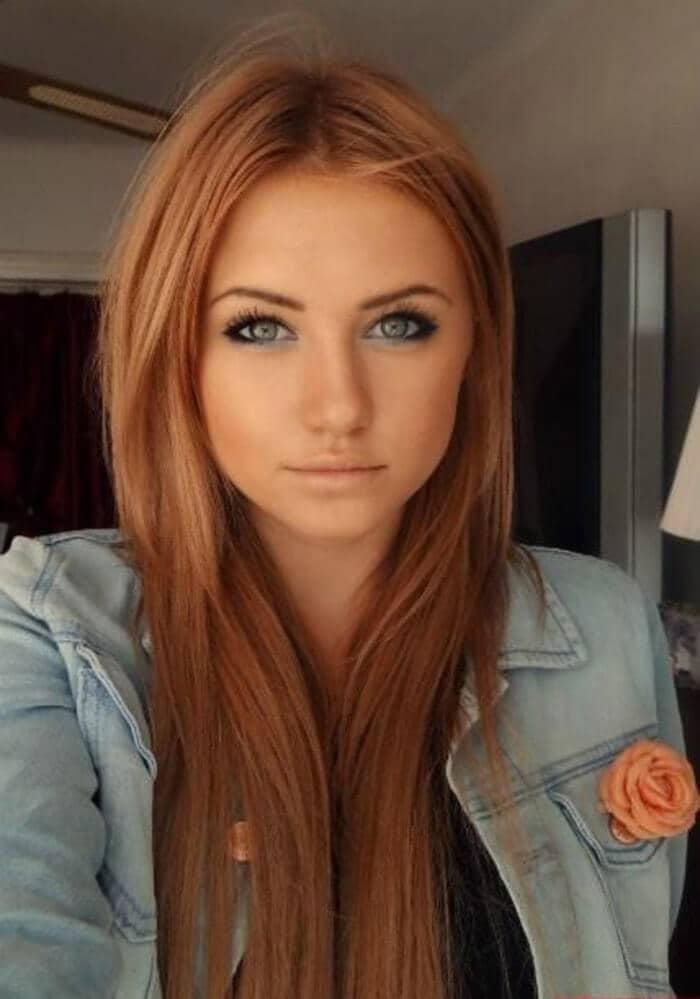 Cheveux classiques blonds fraise