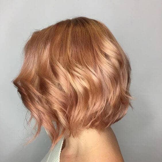 Bob, brillant et soyeux, tonique à la fraise  - blond fraise cheveux court
