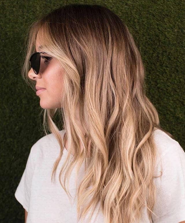 De beaux reflets blonds naturels pour des cheveux châtains clairs
