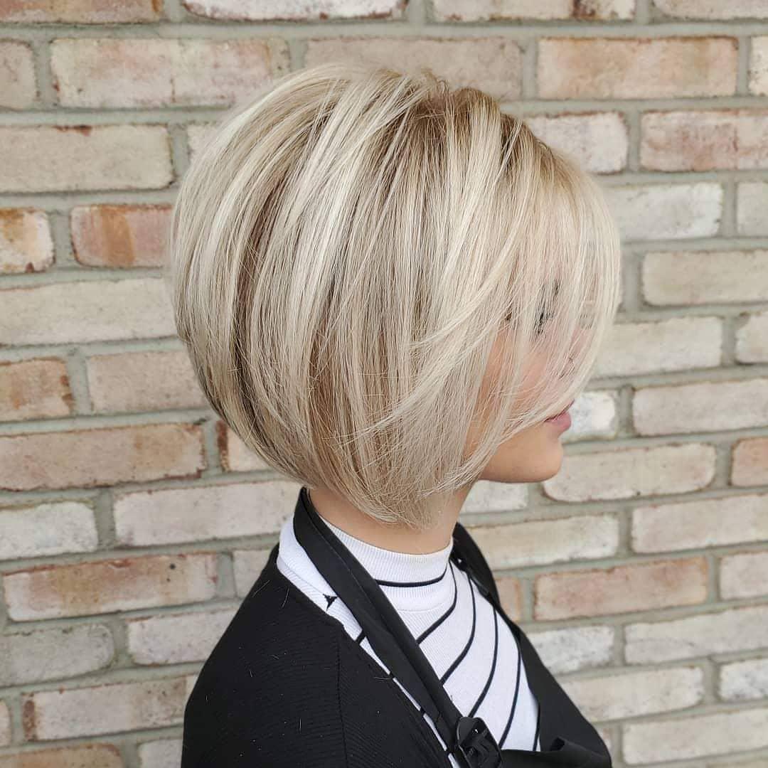 coiffure courte pour les femmes