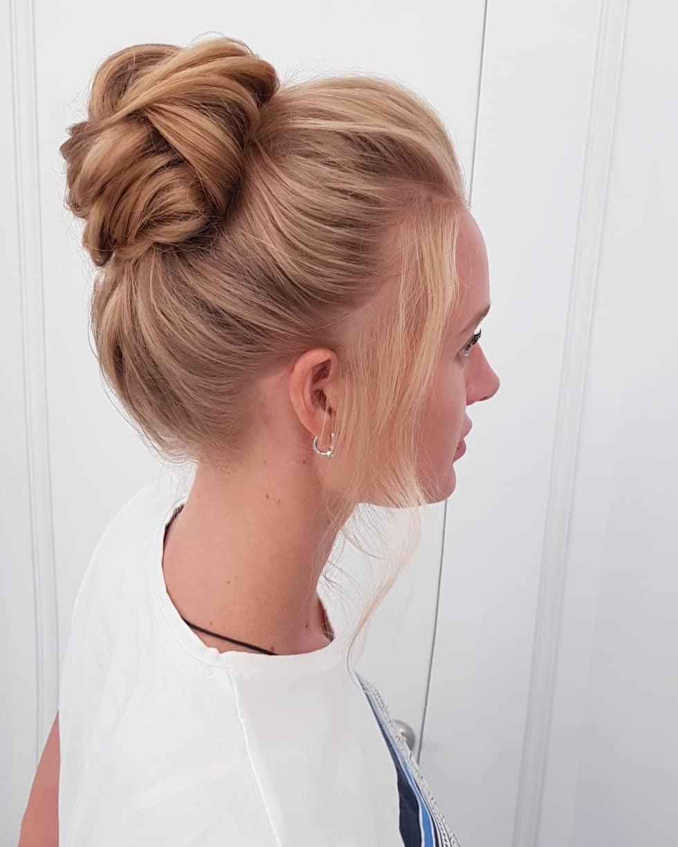 cheveux moyens