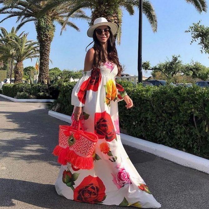 Robes tendance à imprimé floral pour le printemps 2021 10