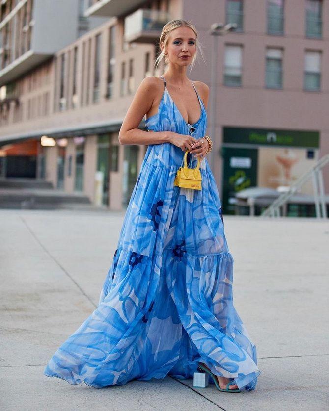 Robes à la mode avec imprimé floral pour le printemps 2021 24