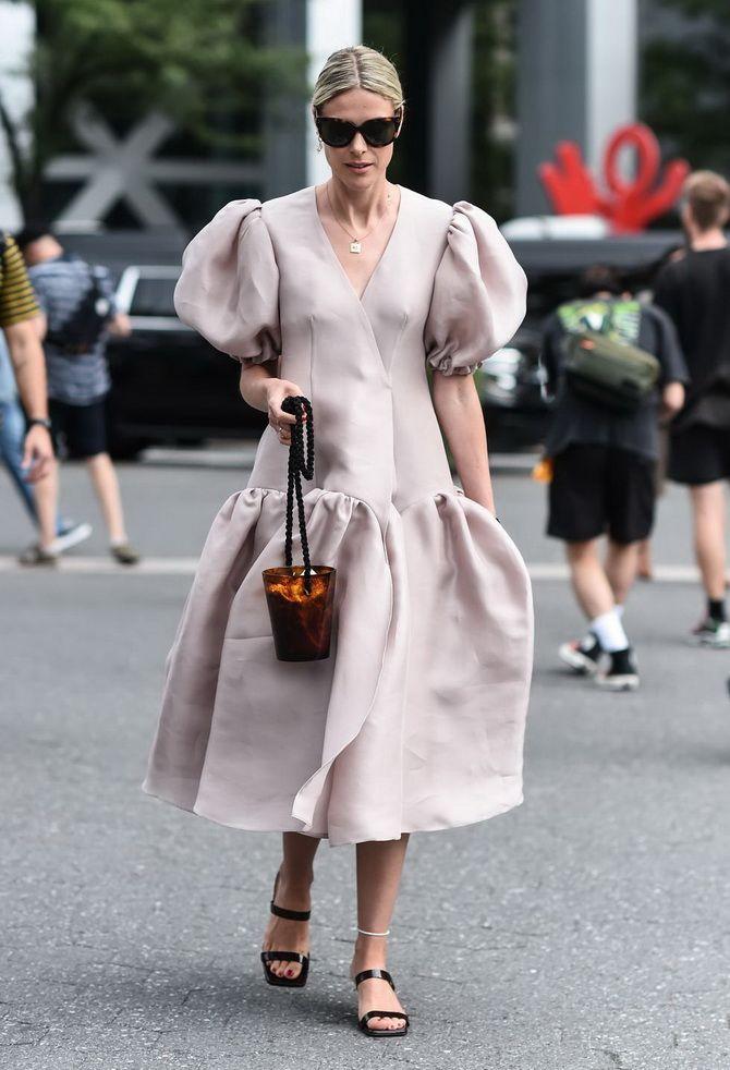 6 robes tendance pour le printemps dont vous avez besoin en 2021 2