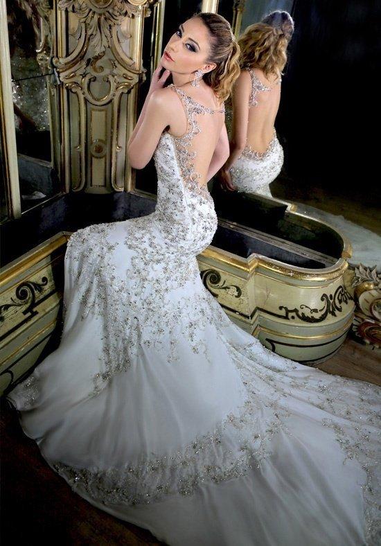 robe de mariée dos ouvert long