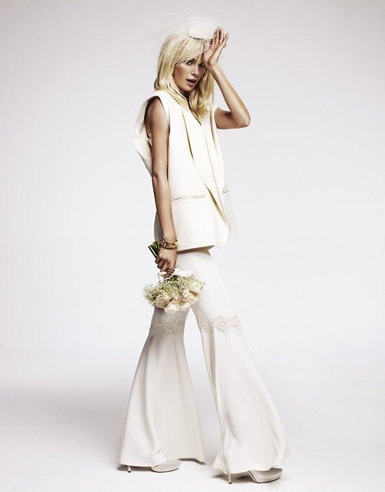 photo de robes de mariée : costume léger