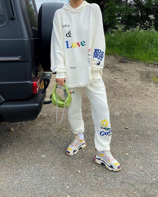 Survêtements pour femmes - Looks Sports Chic 11